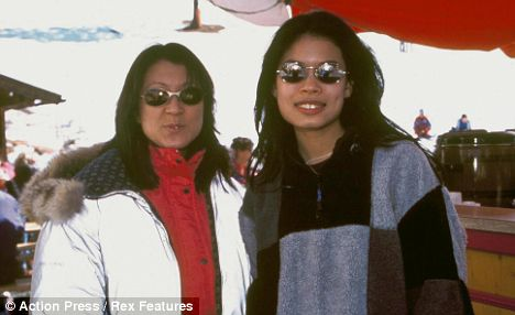 Name:  mother and daughter 2.jpg Views: 246 Size:  23.0 KB