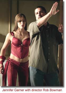 Jennifer Garner with director Rob Bowman