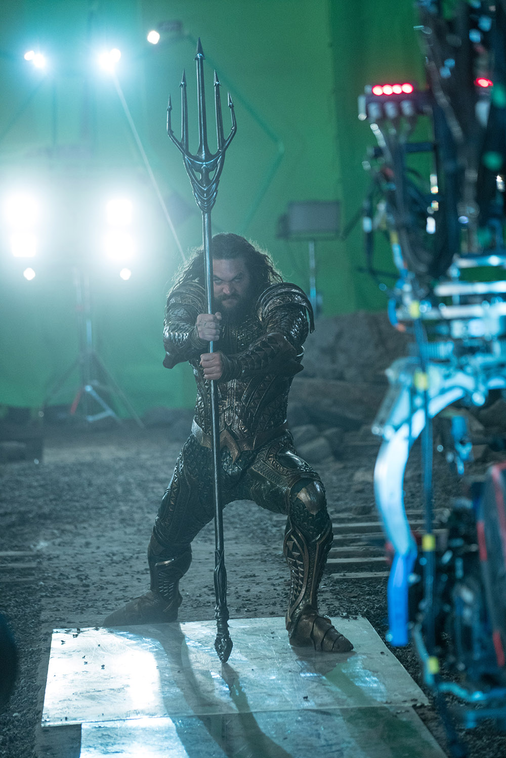 Jason Momoa as Aquaman on the set of Justice League